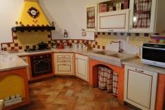 Piano Cucina con lavandino massello marmo di Orosei
