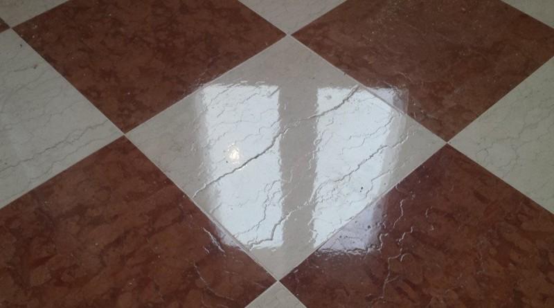 Finitura marmo spazzolato lucido