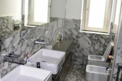 Rivestimento bagno in Calacatta Vagli - Copia