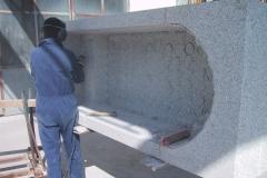 Lavorazione vasca granito