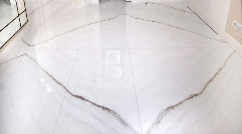 finitura lucida del marmo